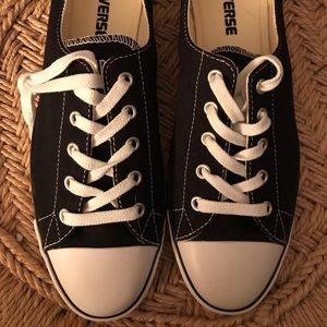New-Never Worn Discontinued Converse Black Size 9